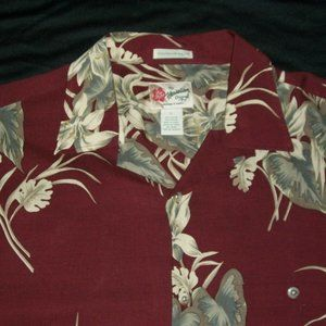 Hilo Hattie Hawaiian Shirt Leaves Floral Size L